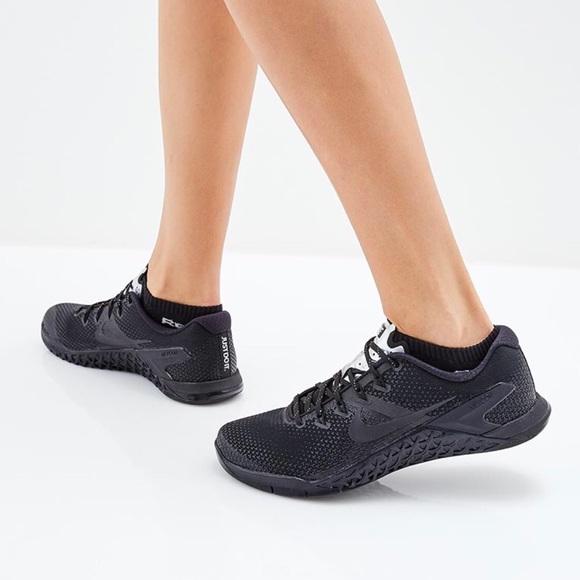 25b9ea358f2f5 Nike Shoes   New Black Metcon 4 Selfie Sz 9   Poshmark